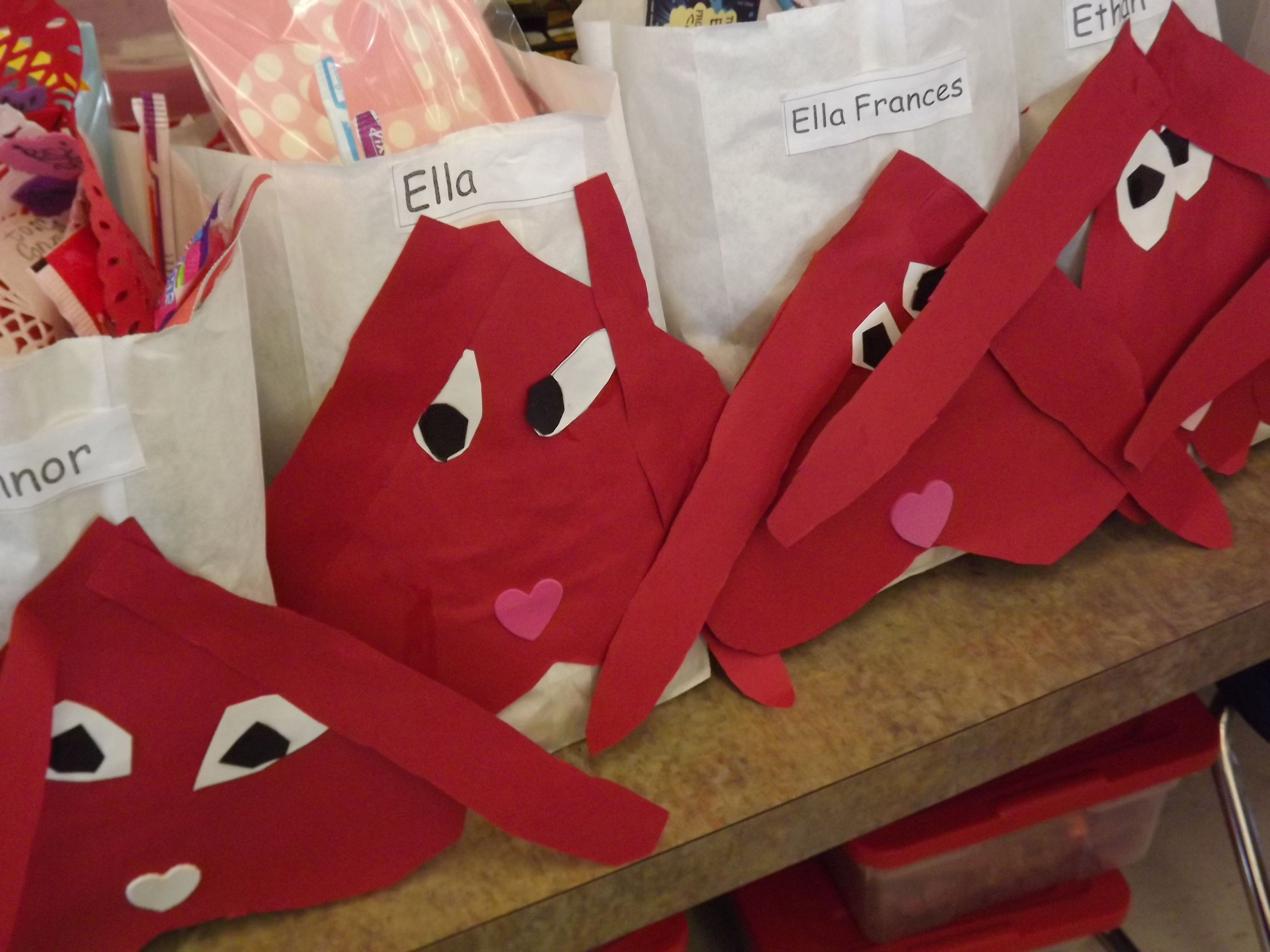 Clifford Valentine Bags For The Puppylove Party And The