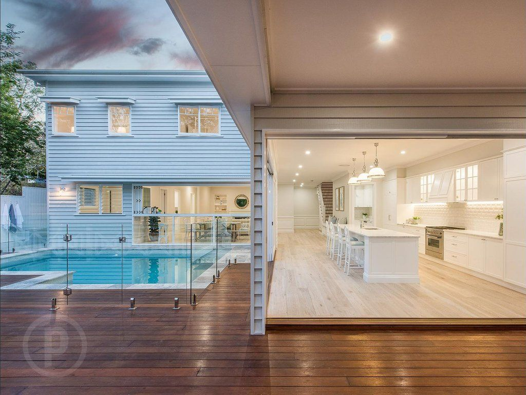 Stunning Hamptons Queenslander Style Home In Brisbane Hamptons Style Homes Hamptons House Queenslander