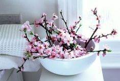 How Do You Use Peach Blossom Luck Feng Shui Cure To Attract Love?