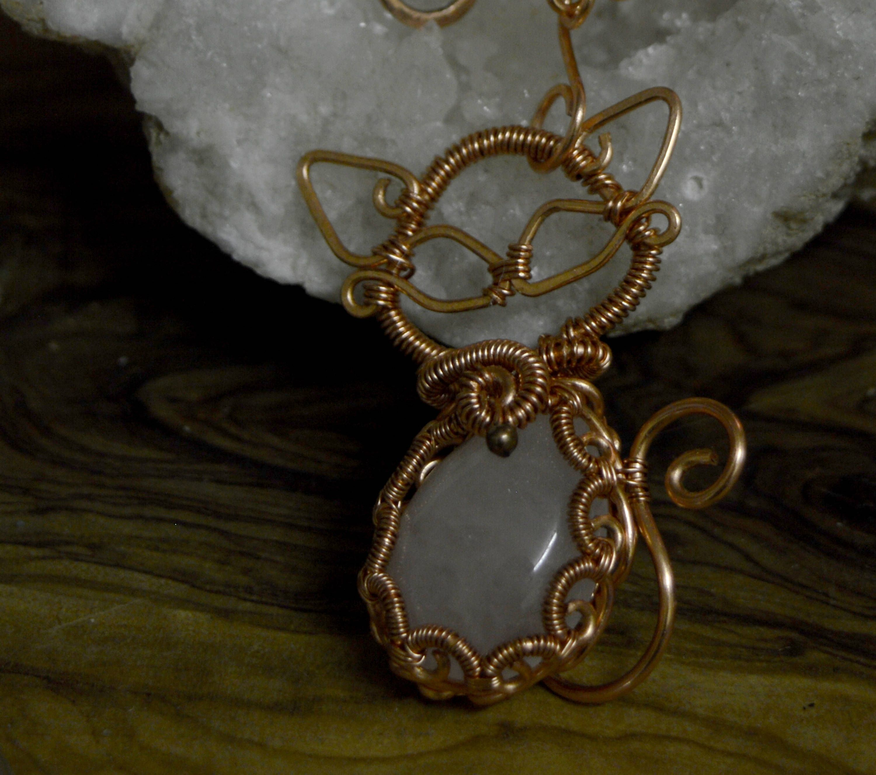 pendant natural stone necklace heart with labardorite wire copper pin