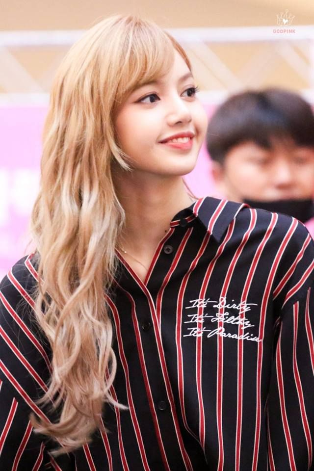 Pin By Beulping On Lisa Blackpink In 2018 Pinterest