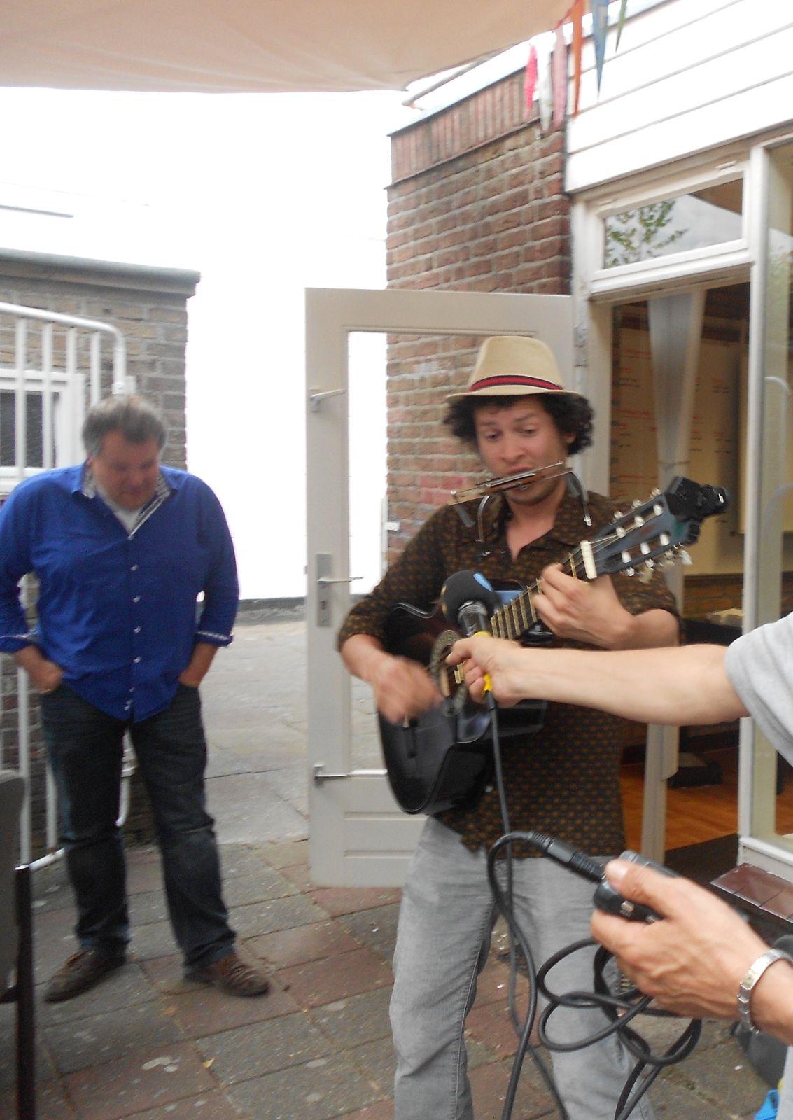 Dave Mochilero bij Omroep Tilburg