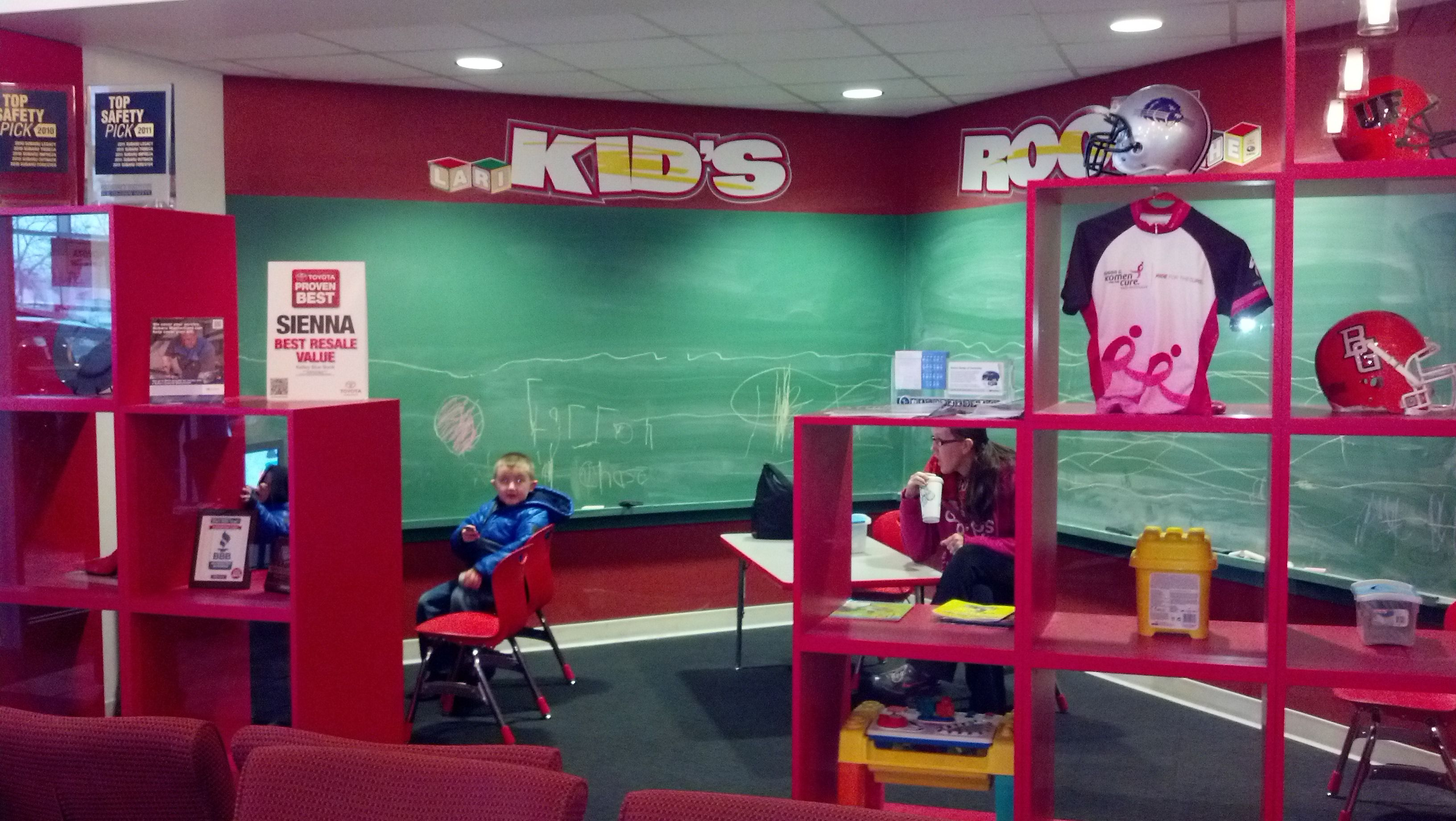 All ages of kids enjoy our well equipped KIDS ROOM. Chalk