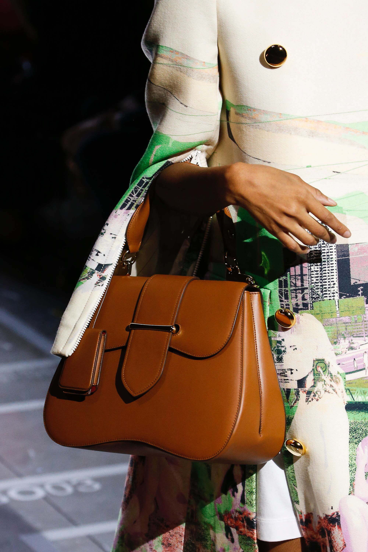 603fde023e99 Prada Spring 2019 Ready-to-Wear Fashion Show Details  See detail photos for  Prada Spring 2019 Ready-to-Wear collection. Look 90
