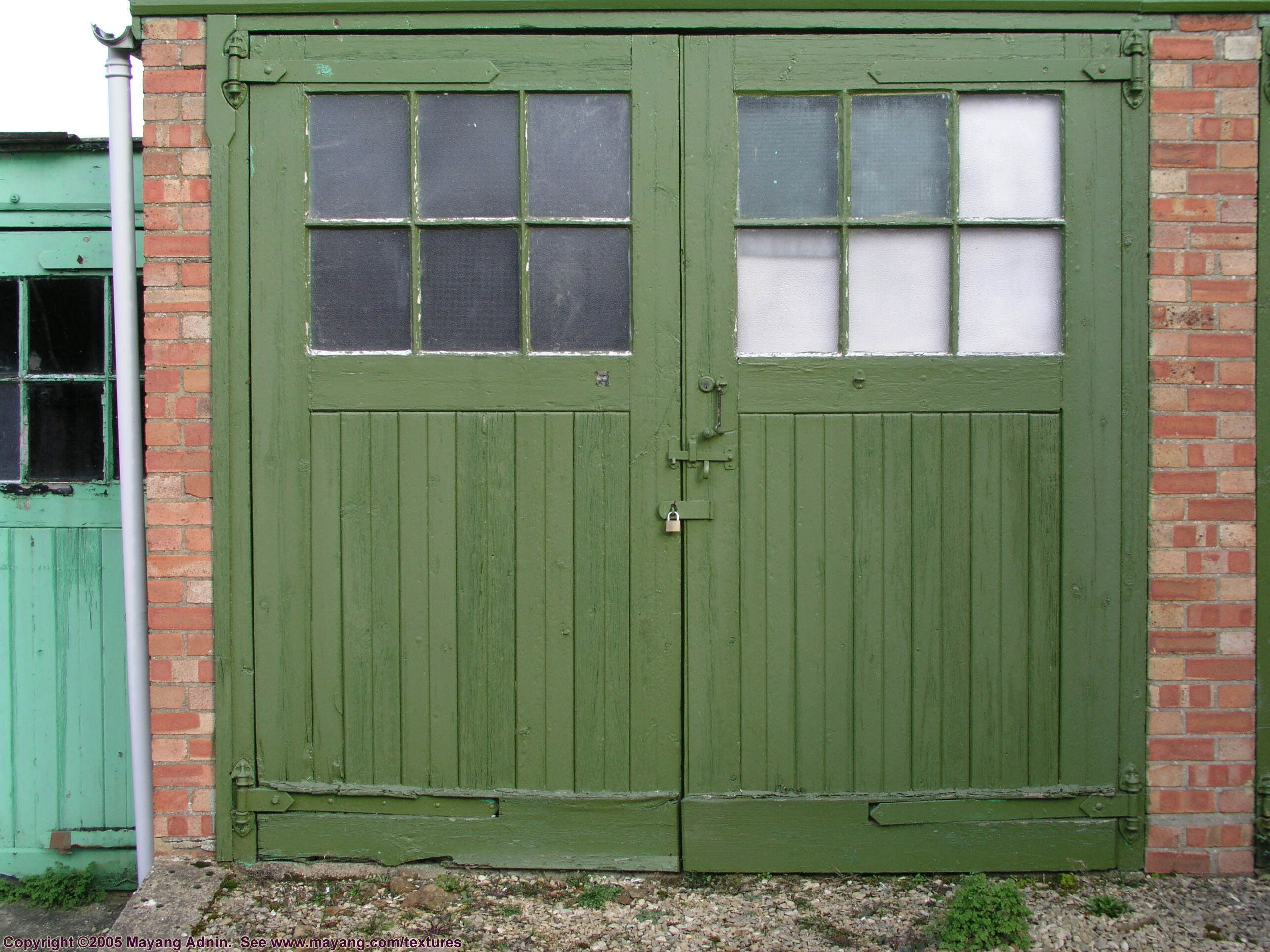 Replacing Your Old Garage Door. How To Do It Right