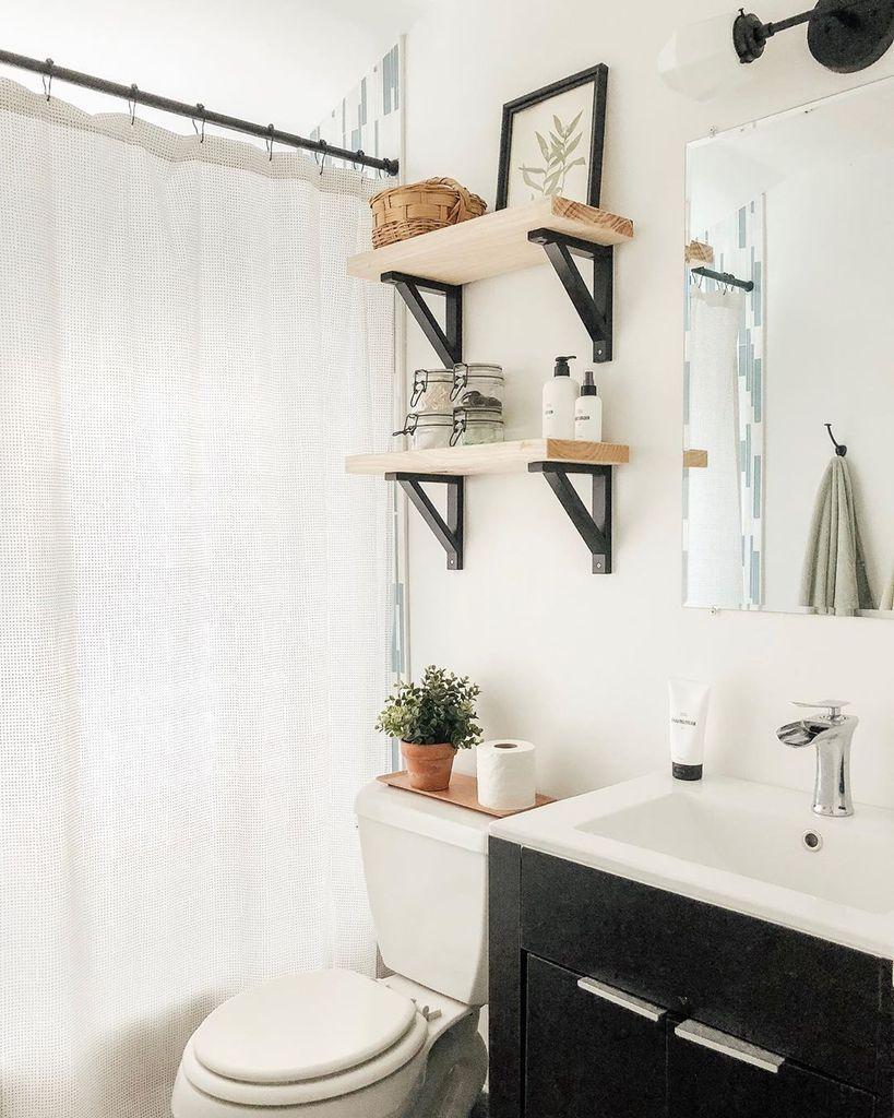 40 Clean And Fresh Small Bathroom Design Ideas Rengusuk Com Bathroom Decor Small Bathroom Decor Bathroom Design Small Small bathroom bathroom design