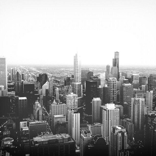 bengtssonsofia@ instagram. #hancocktower #chicago #usa #unitedstates #america #blackandwhite #blackandwhitephotography #bw #sky #skyscrapes #evening #night #dusk #dawn #skyline #iphone #sweden #swedish #sverige #instagram #statigram