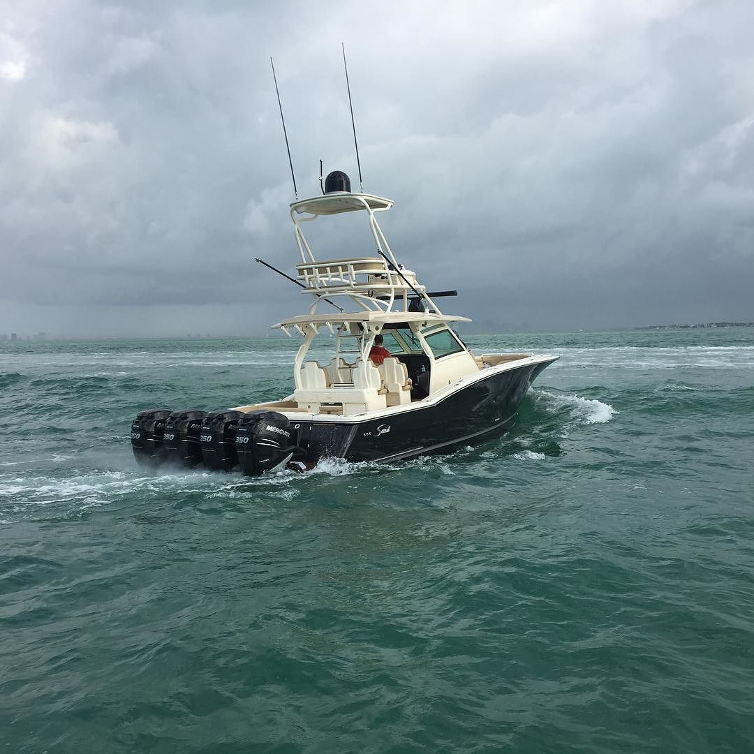 420 LXF w/ new flybridge and 5N1 Leaning Post 2nd row