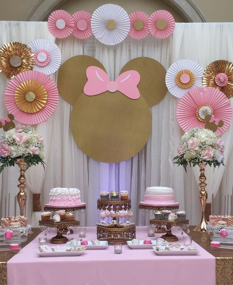 Pin de adriana en minnie pinterest cumplea os cumple for Decoracion de cumpleanos rosa y dorado