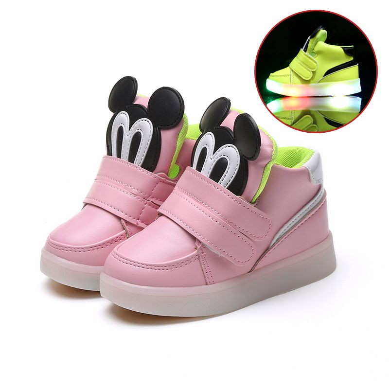 Children Shoes With Light Led Boys Sneakers 2017 New Spring Cartoon Lighted Sport Fashion Girls Shoes Chaussure Led E Funny Shoes Sport Shoes Fashion Kid Shoes