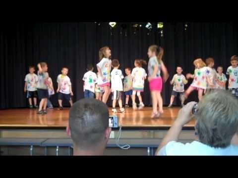 Kindergarten Graduation - 'Let It Go' Song - YouTube