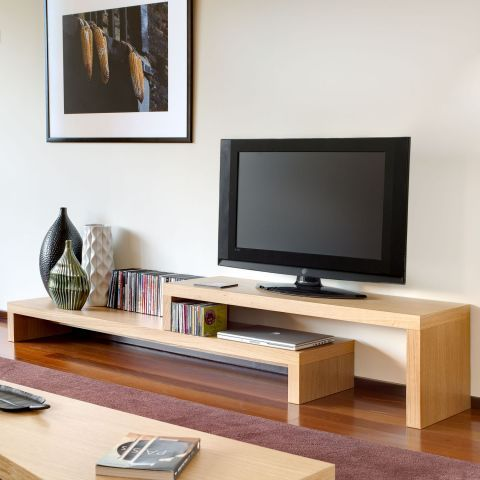 Cliff Oblong TV Table In Oak   Casafina