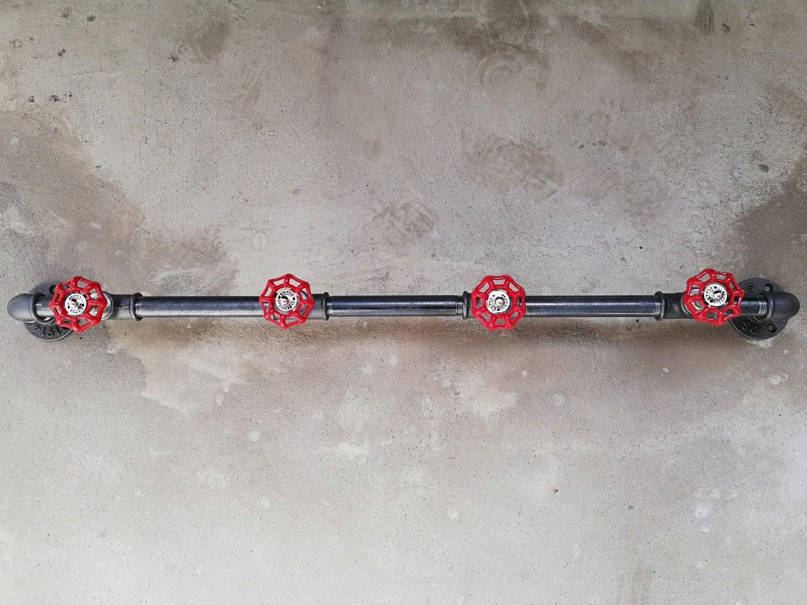 Steampunk Wandgarderobe Aus Einer Eisenstange Mit 4 Industriellen