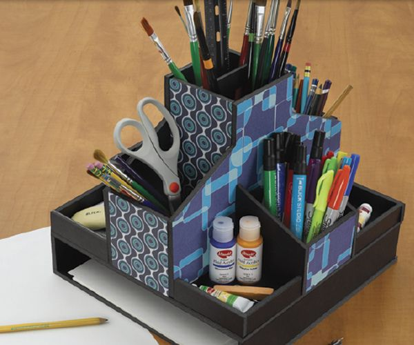 39 diy foamboard desk organizer 39 via art supplies at for Diy desk stuff