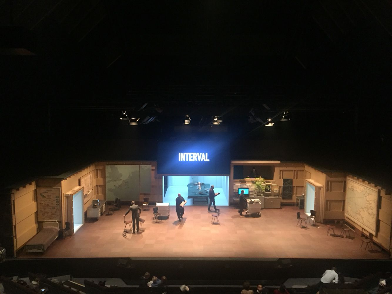 Kings Of War Ivo Van Hove Barbican Set Design Theatre Scenic Design Theatre Set