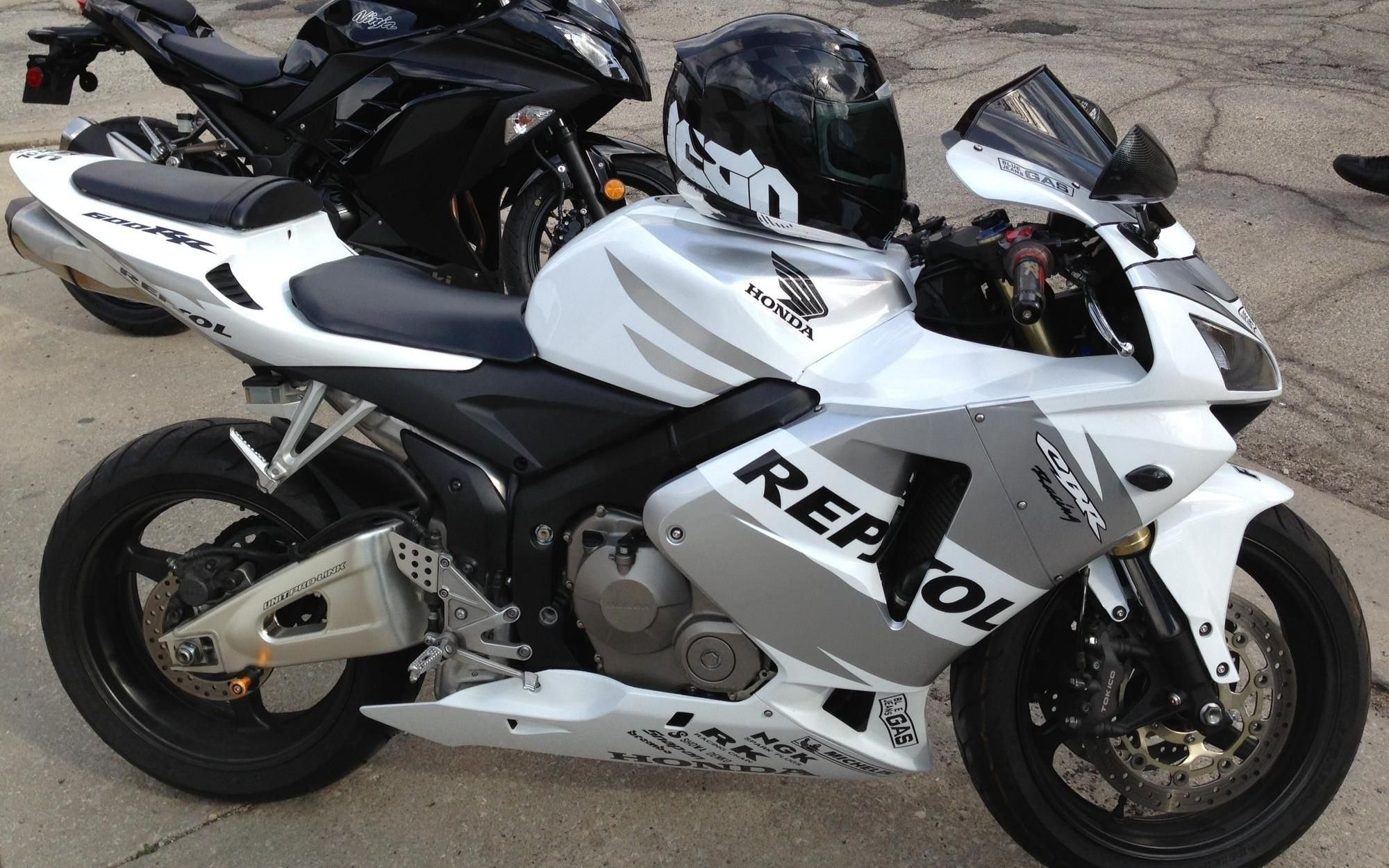 stevo rides a #honda #cbr60rr * #chicago #sport #motorcycle