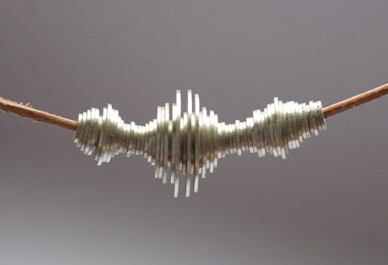waveform necklace soo flippin' cool