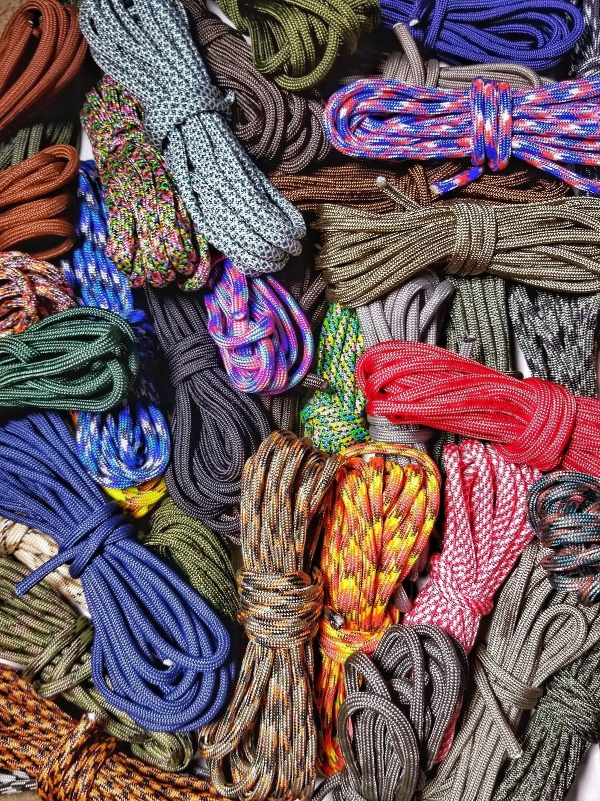 Details About Paracord Variety Pack 100 Feet Of 10 Random Colors