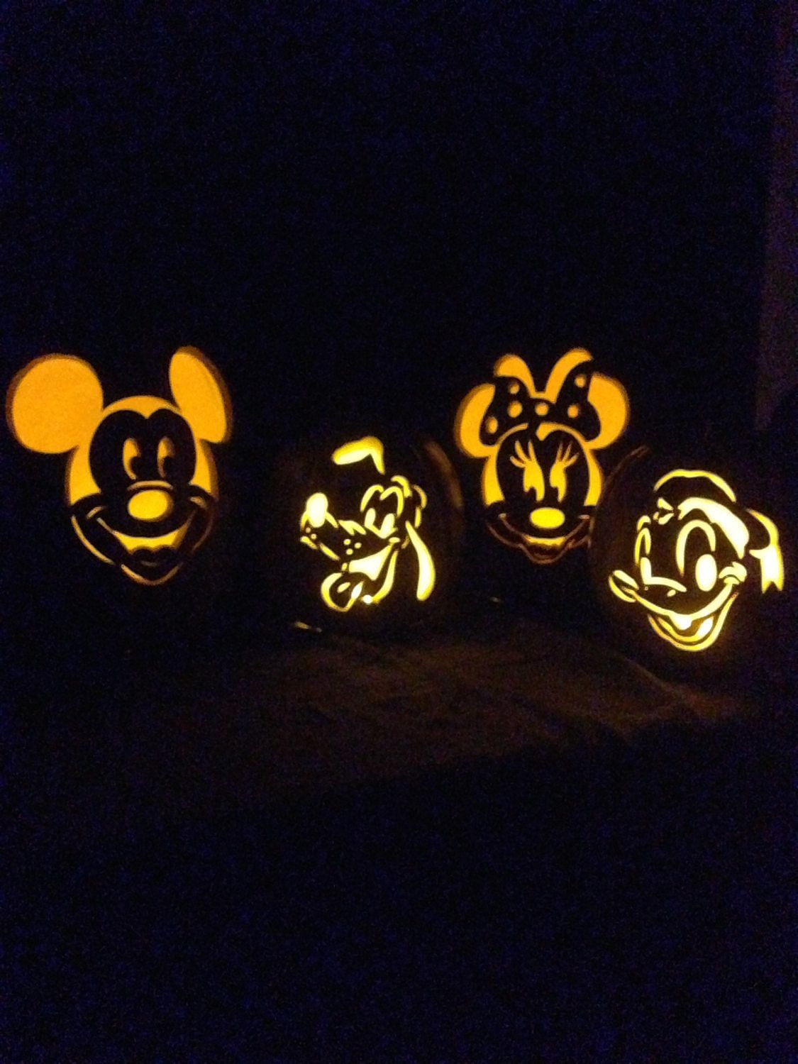 14 Pieces of Halloween Decor Every Disney-Lover Needs Pinterest - Minnie Mouse Halloween Decorations