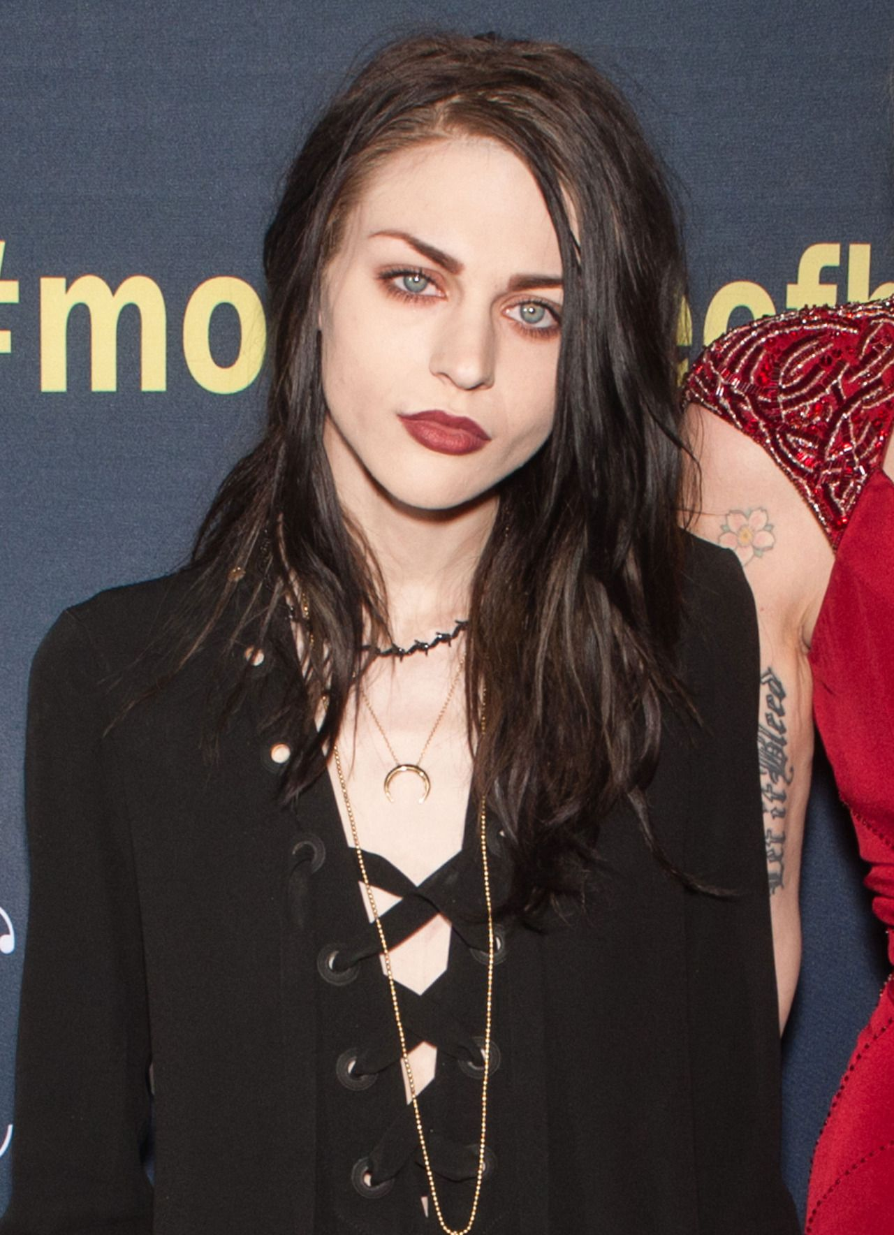 Frances Bean Cobain Gets Married But Fails To Invite Courtney Love |  Congratulations are for in order after Frances Bean Cobain tied the knot with her boyf of five years – Isiah Silvas -  in a top-secret ceremony surrounded by just a few close friends.