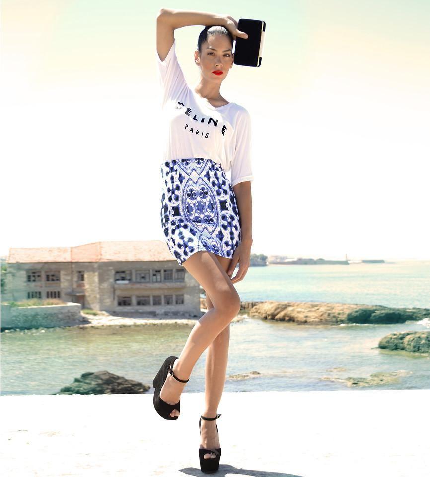 Shop this look on Kaleidoscope (shirt, skirt, wedges, purse)  http://kalei.do/WIJrrCA0DITliY7E