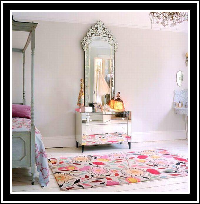 fabulous mirrored furniture. I\u0027M LOVIN\u0027 THIS FABULOUS MIRROR ATOP A MIRRORED DRESSER. Fabulous Mirrored Furniture I