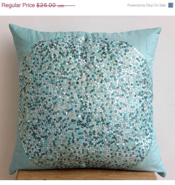 On Decorative Throw Pillow Covers Accent Por Thehomecentric