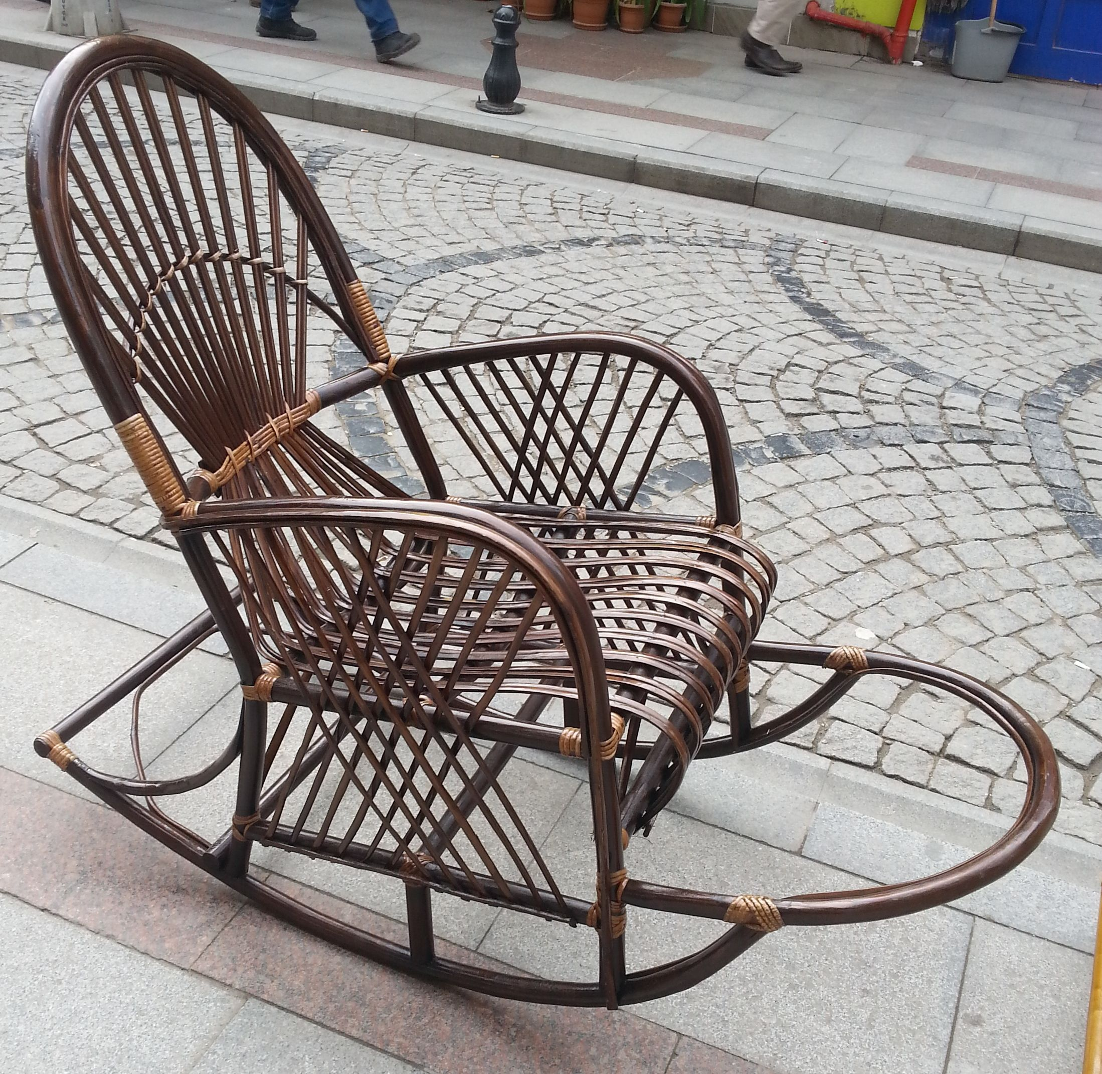 Karamursel Sepeti Adli Kullanicinin Bambu Sallanan Sandalyeler Panosundaki Pin Sandalye Bambu