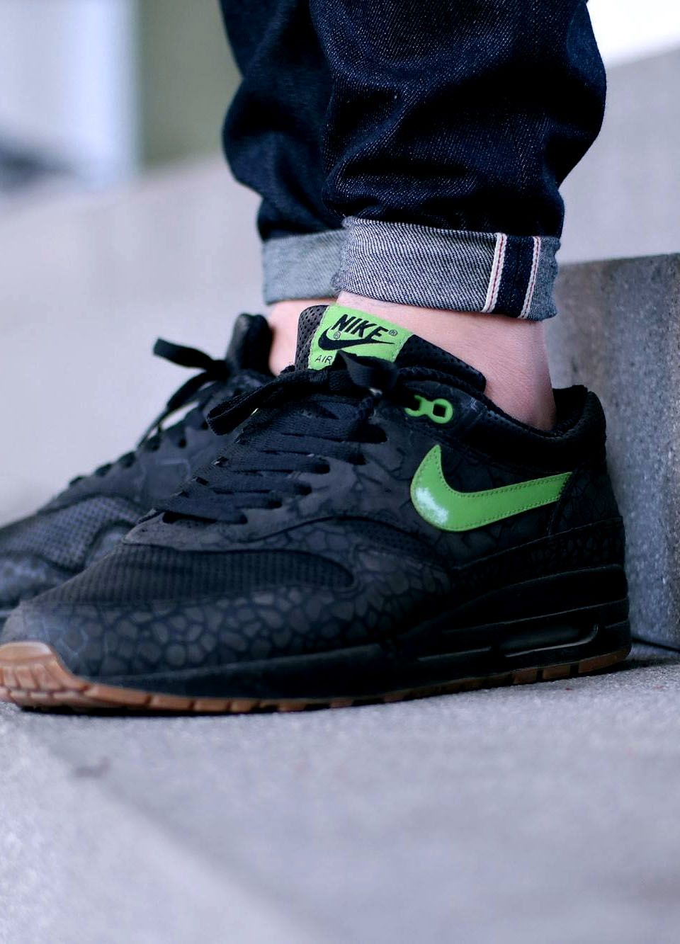 cheap for discount 1072d 79d59 NIKE Air Max 1 × Jeans  nike  airmax  leather