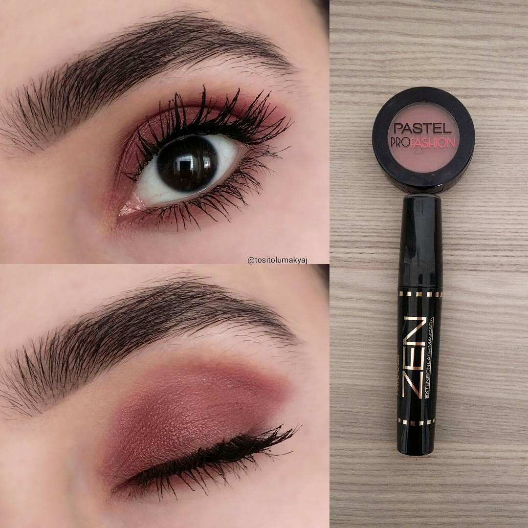 julie leal adlı kullanıcının makeup panosundaki Pin