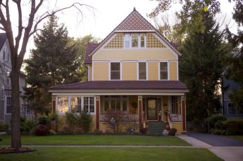 734 Keystone Avenue, River Forest, IL 60305 is For Sale