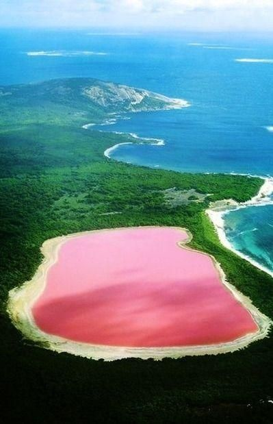 Lake Hillier Australia The Only Naturally Pink In World