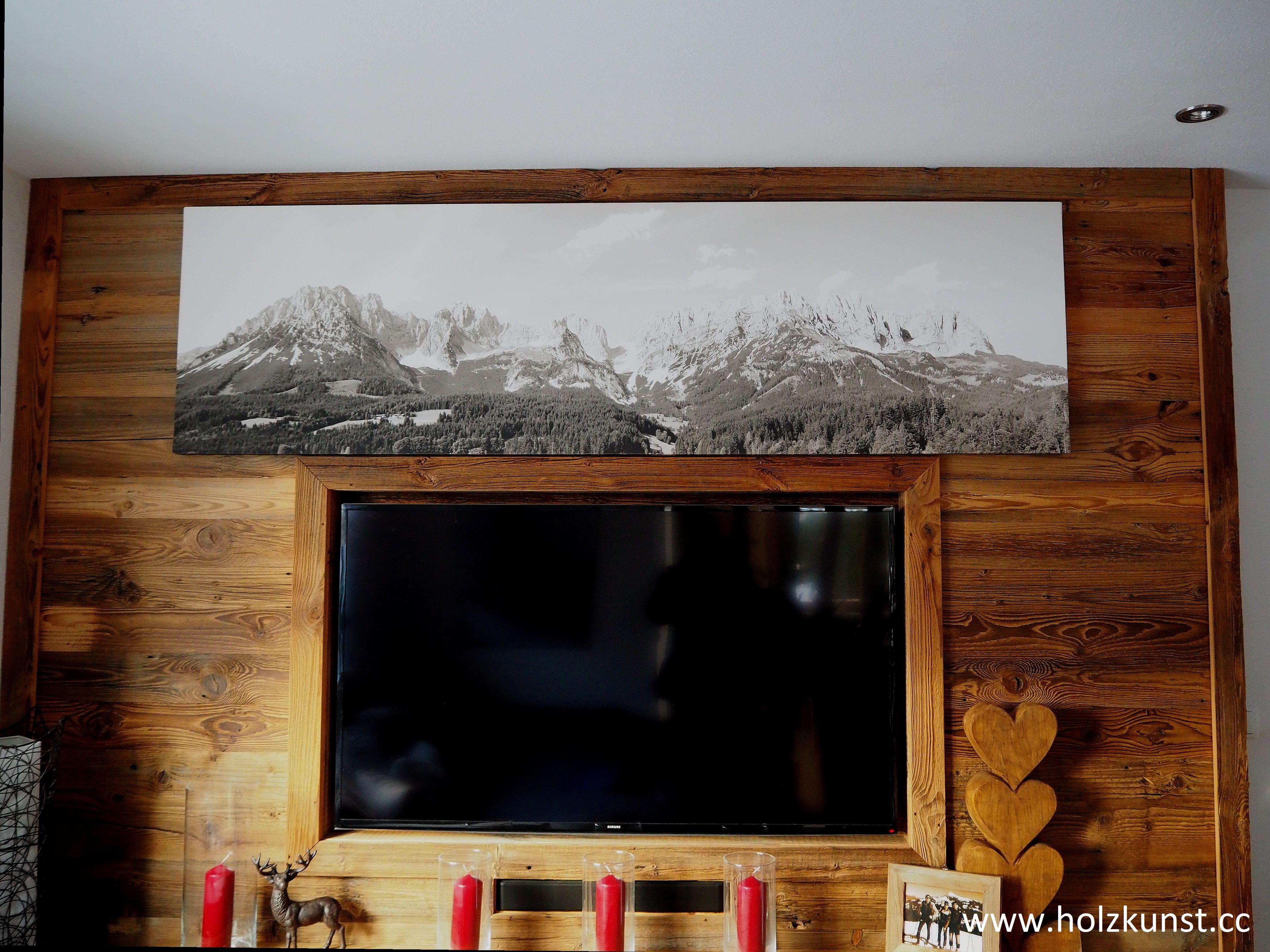 Wandverbau aus original sonnenverbranntem Altholz!