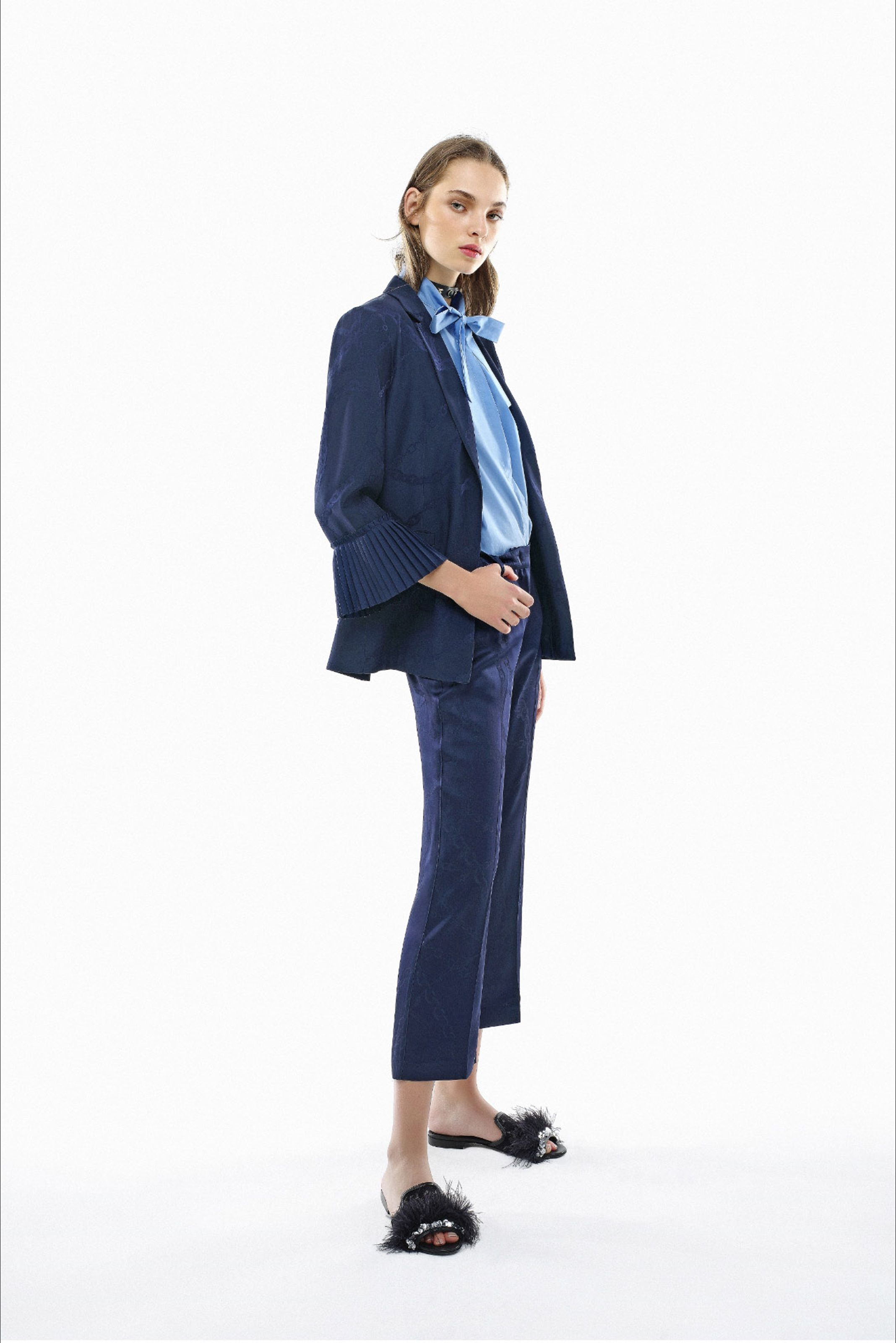 5f9469c13cb Guarda la sfilata di moda Pinko a Milano e scopri la collezione di abiti e  accessori