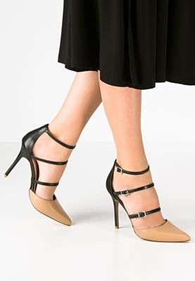 Pin Auf Schuhe Schuhe Schuhe