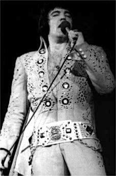 Elvis in concert Hampton Road April 9, 1972