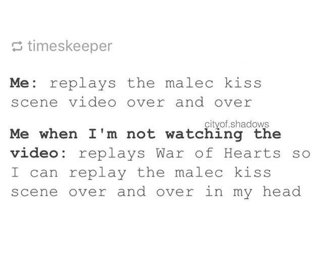 Malec kiss