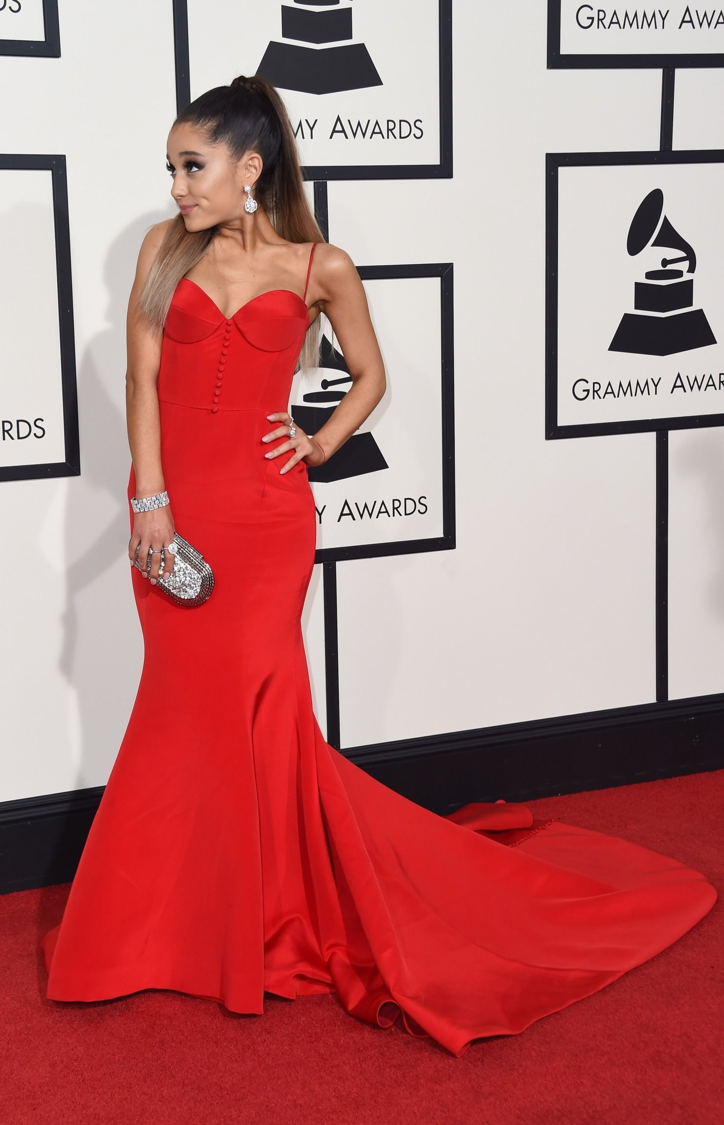 Ariana grande pink dress jimmy  Ariana Grandeus  Grammys Red Carpet Dress Is Simple u Stunning