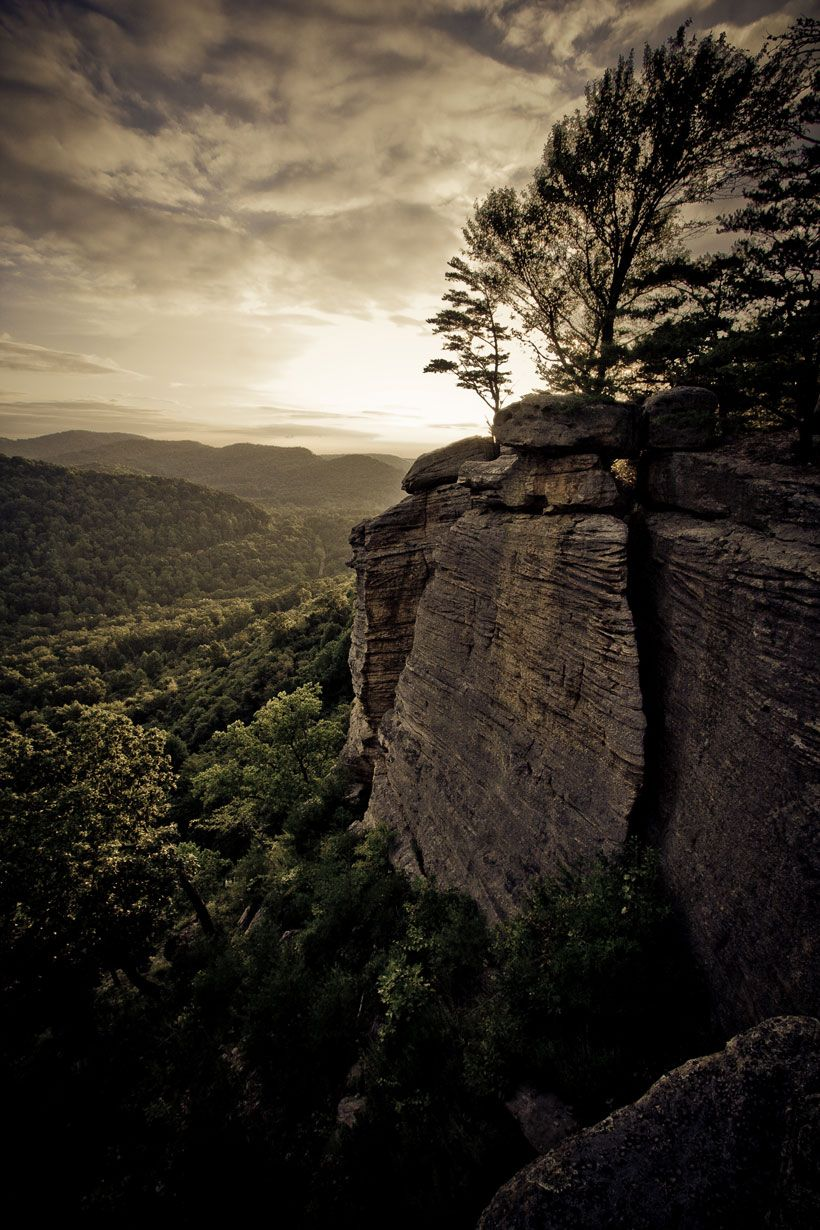 50 Most Beautiful Scenic Places In The U S The Indiana Fort Mountain In Kentucky Travels