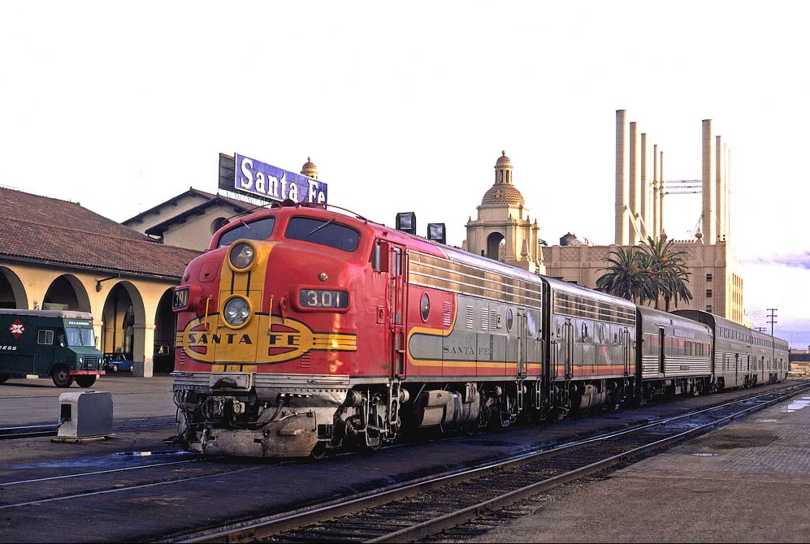 Atchison topeka and santa fe railway viewliner ltd it for National motors san diego