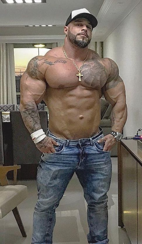 Big Vito reminds me of my ex, Manny C. | Muscle