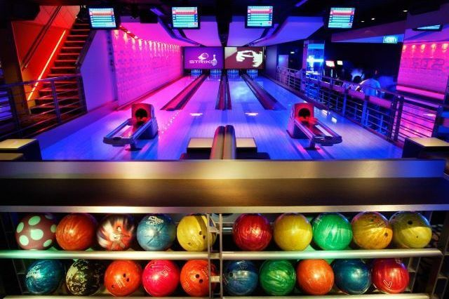 Metal Bowling Ball Storage Racks For Private Bowling Alley Amenity Home Bowling Alley Bowling Sydney Activities