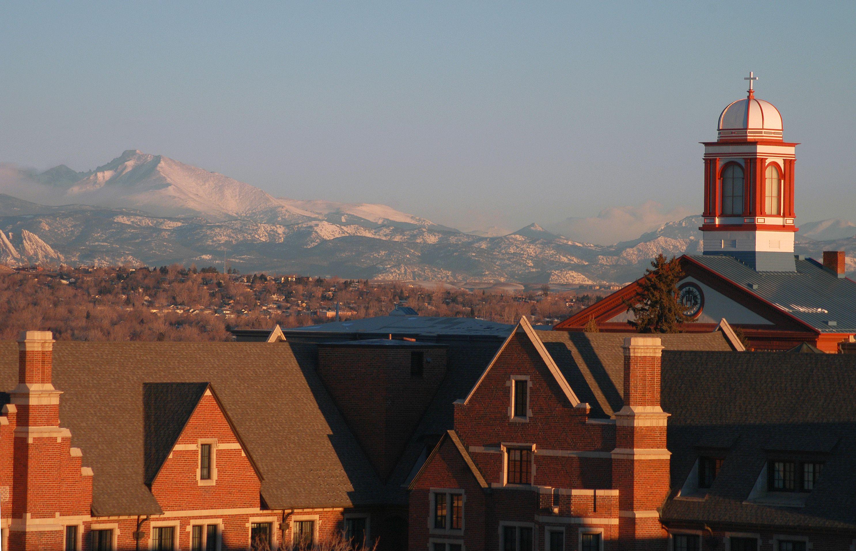 Colleges In Denver Colorado >> Based In Denver Colorado Regis University Is Divided Into Three
