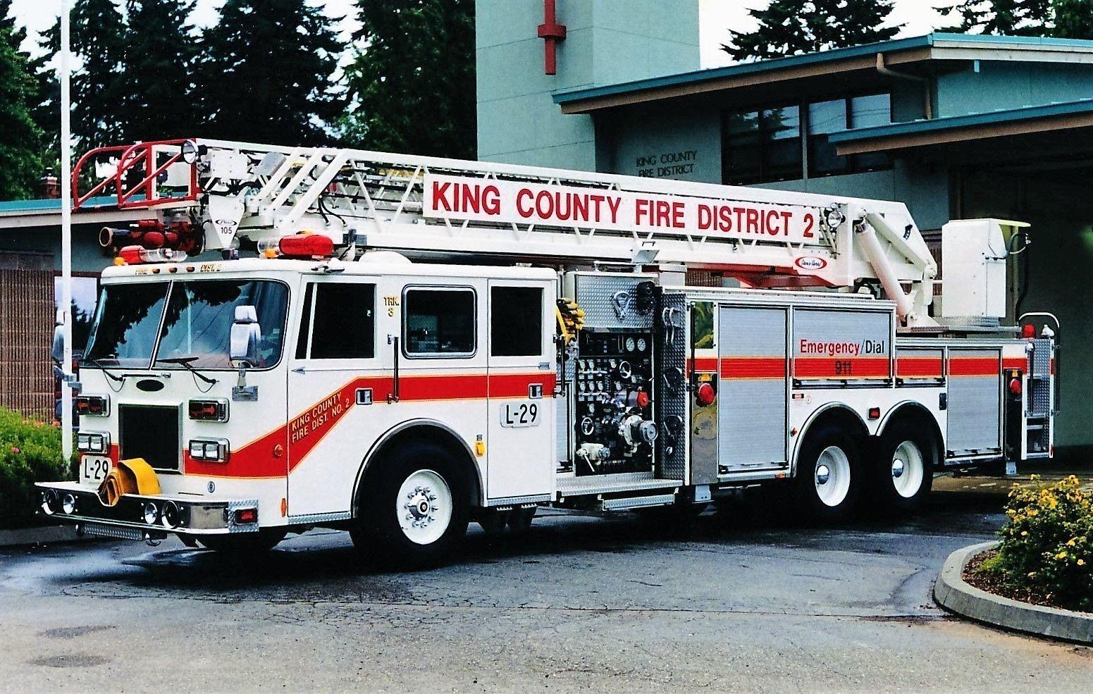 King County Fire District No 2 Burien Ladder 29 Fire Trucks Fire Apparatus Fire Dept