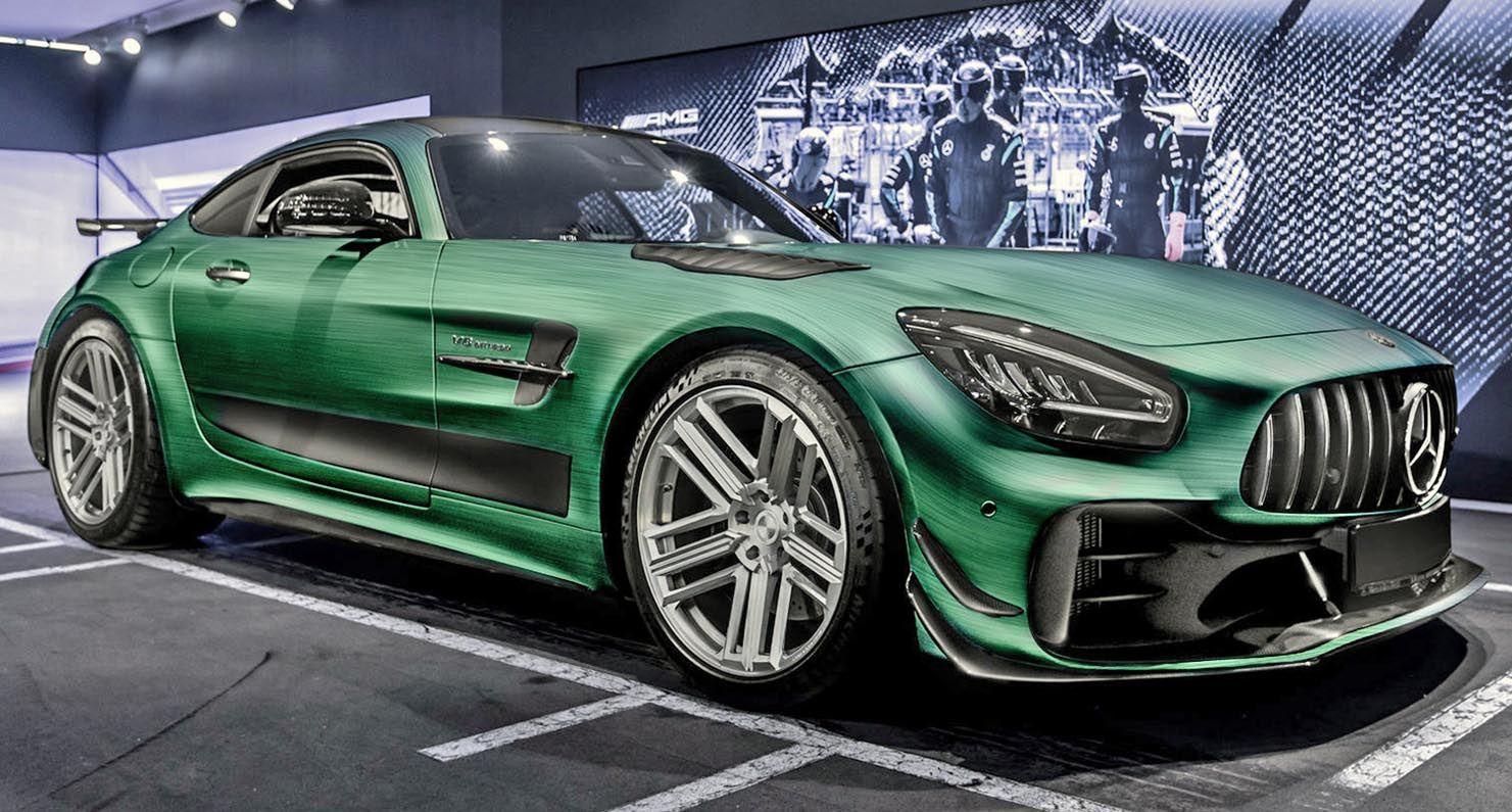 مرسيدس أي أم جي جي تي آر برو 2020 اللمسات الأنيقة من كارليكس ديزاين موقع ويلز In 2020 Mercedes Amg Gt R Mercedes Amg Amg