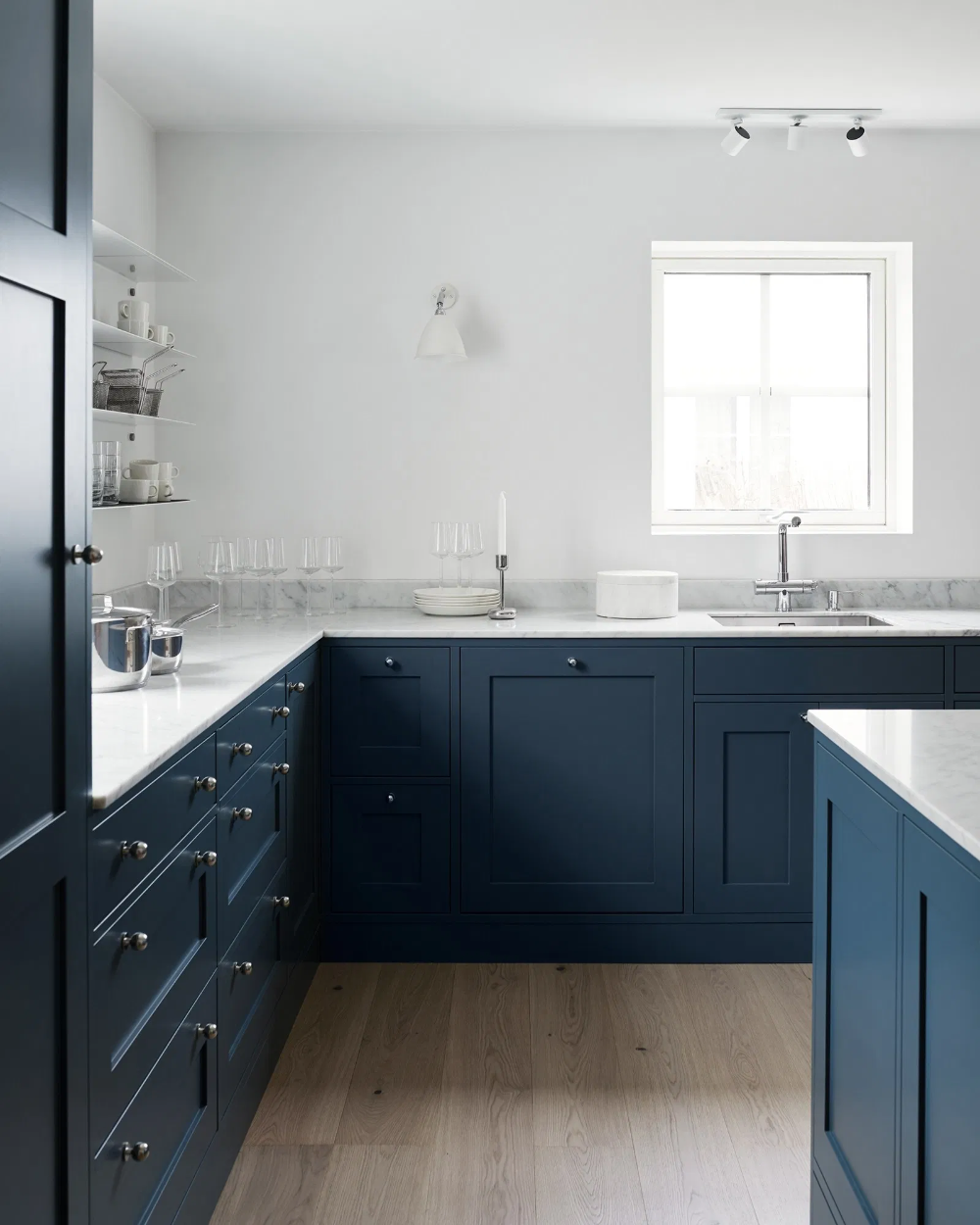 A Kitchen In Blue And White Marble Coco Lapine Design Kitchen Design Trends Kitchen Design Kitchen Cabinet Trends