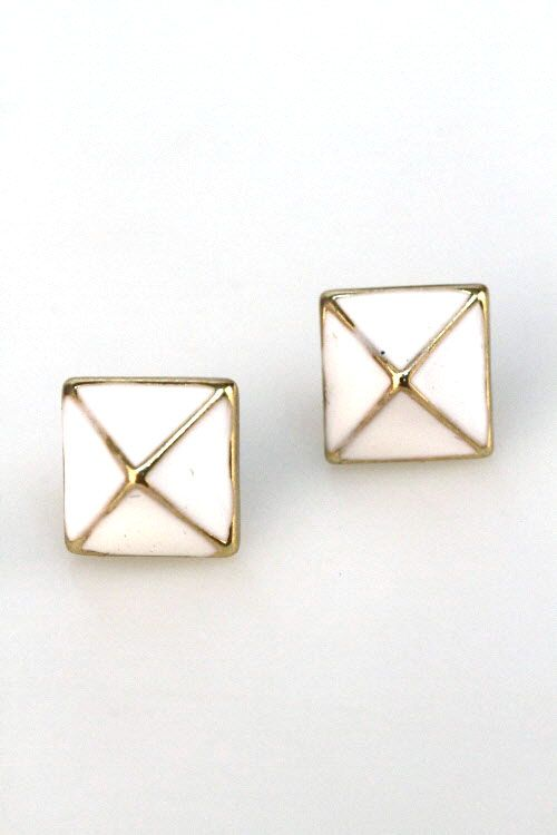 White Stud Earring - These stud earrings are perfect to wear with any outfit! Featuring pyramids with white lacquered detail. Dress up any outfit with these! $5.50 on ATL!