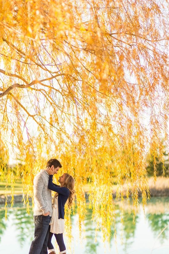 Cute, casual outfits for cooler weather engagement photo session...