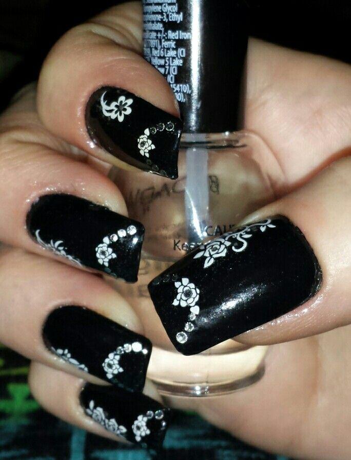 My black & white nails