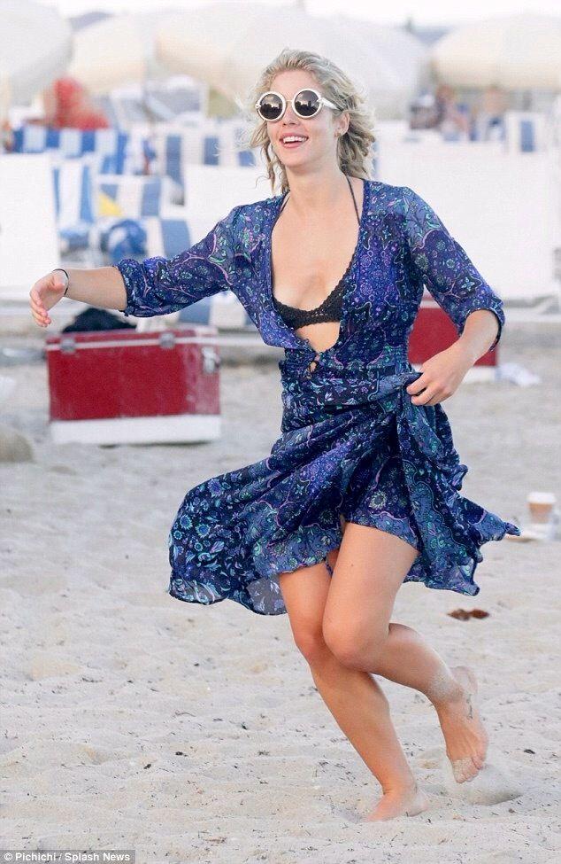 Emily Bett Rickards @ Miami beach 1/2/16 | emily bett | Pinterest ...
